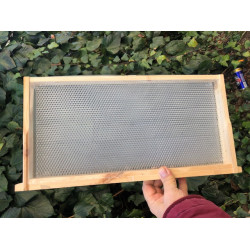 Honeycomb plastic for form